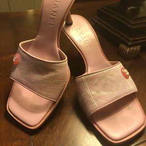 🆕💯Authenticate Chanel Heels